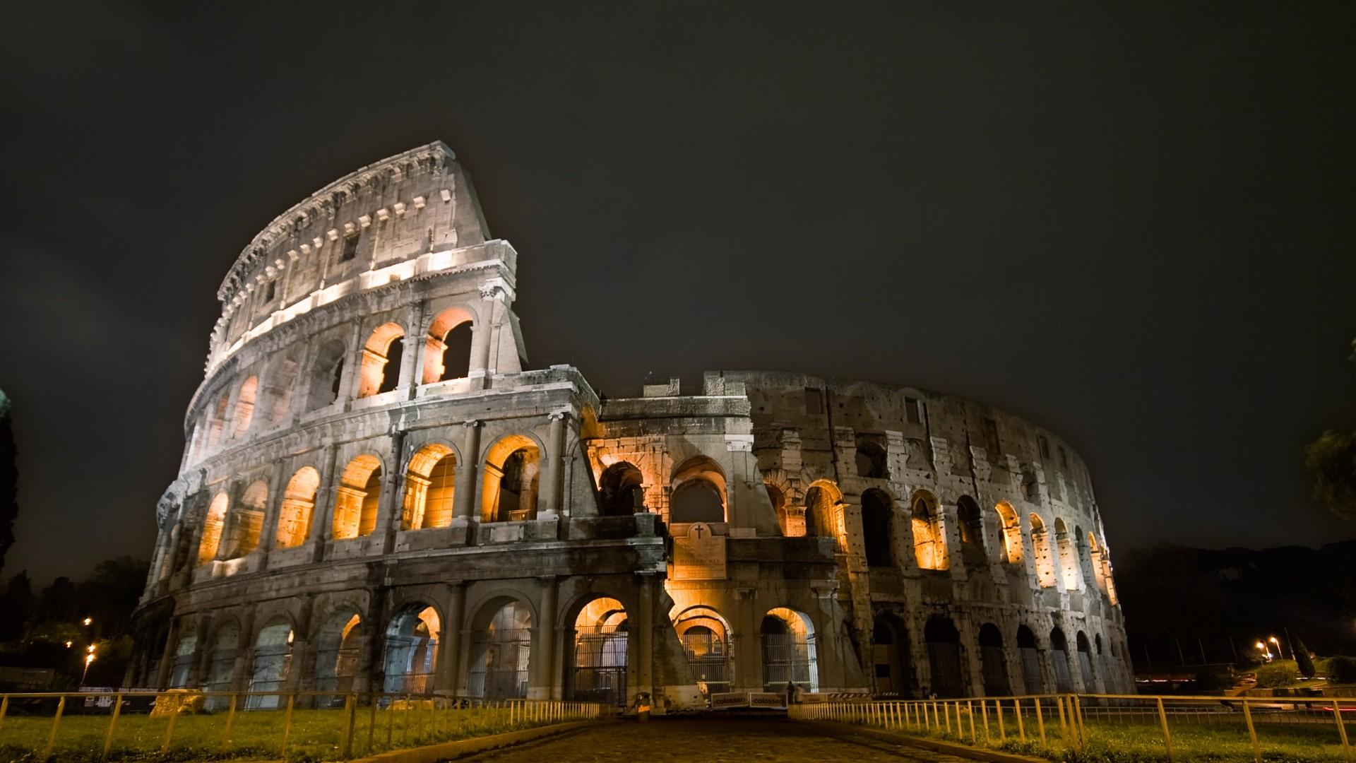 Sfondi Colosseo di Roma
