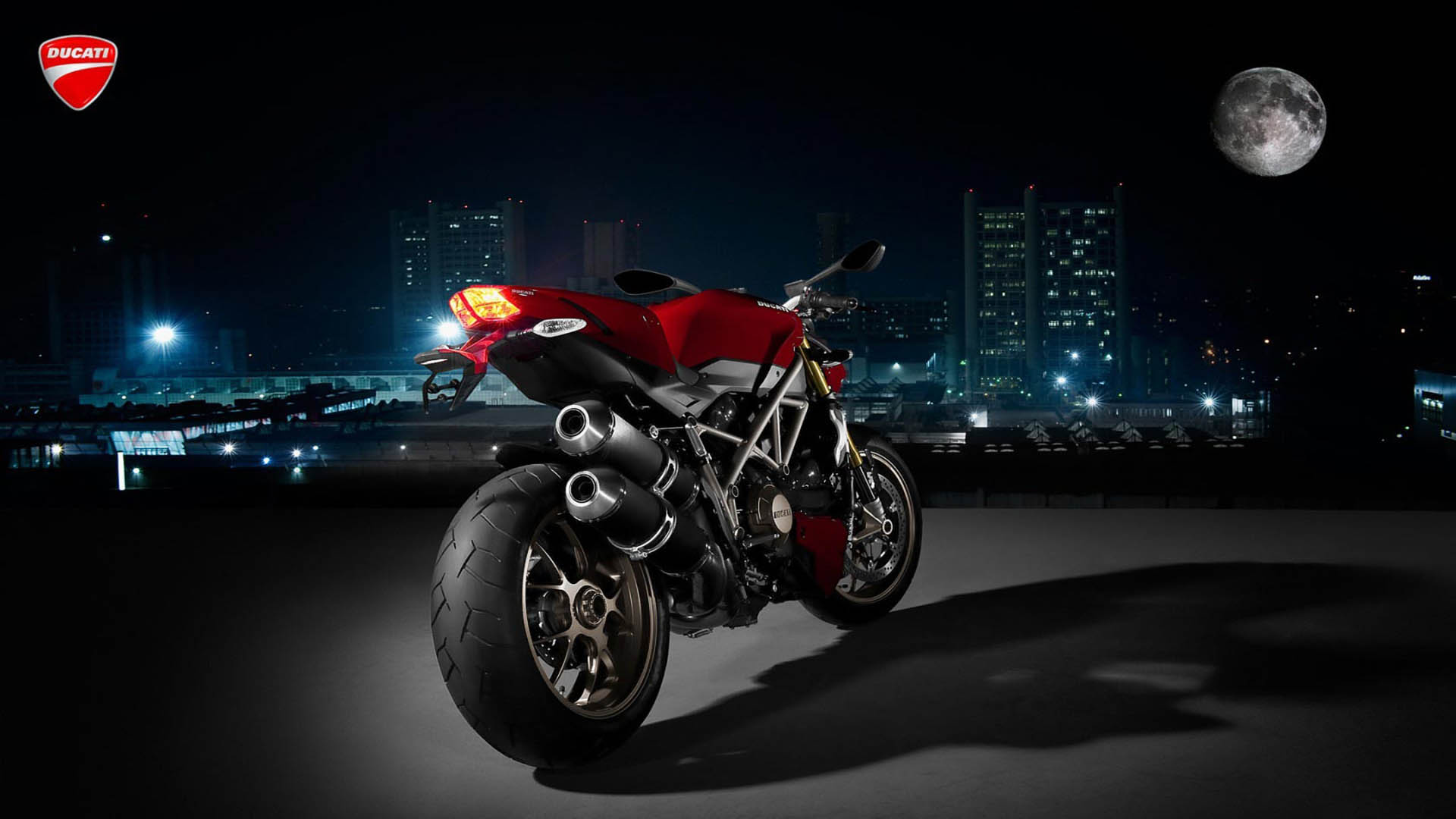 sfondi hd Ducati Streetfighter